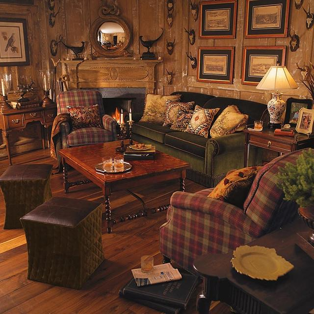 Bedroom Hunting Lodge Photo