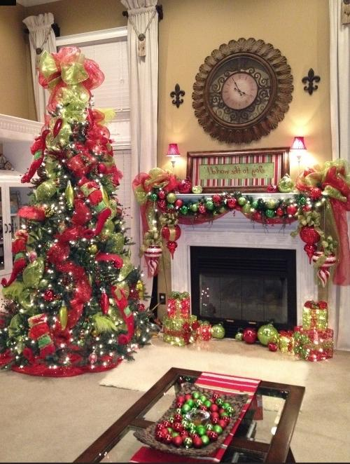 Fireplace mantel christmas decorating ideas photos - Modern christmas mantel ideas ...