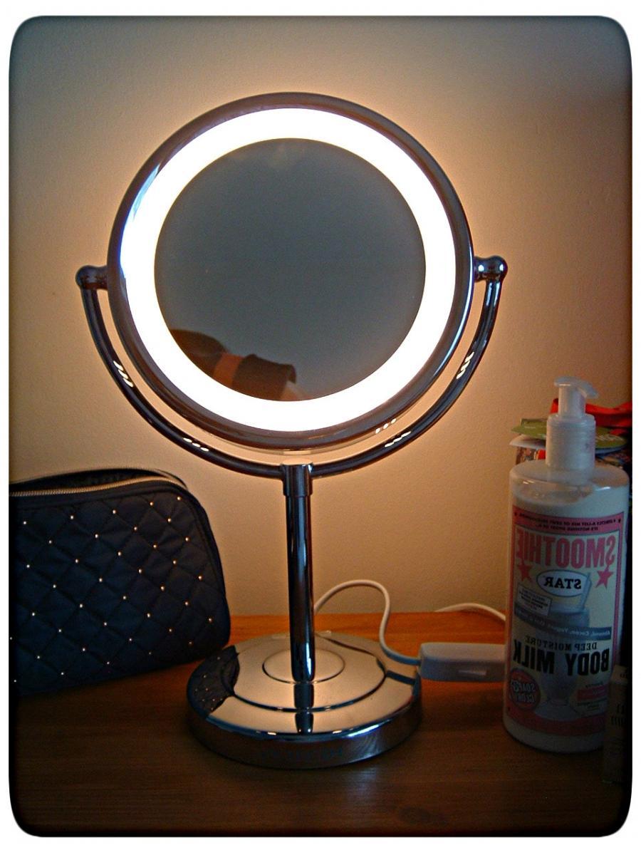 make a mirror image of a photo. Black Bedroom Furniture Sets. Home Design Ideas