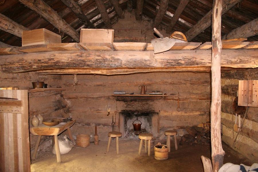 Old Time Log Cabin Interior Photos