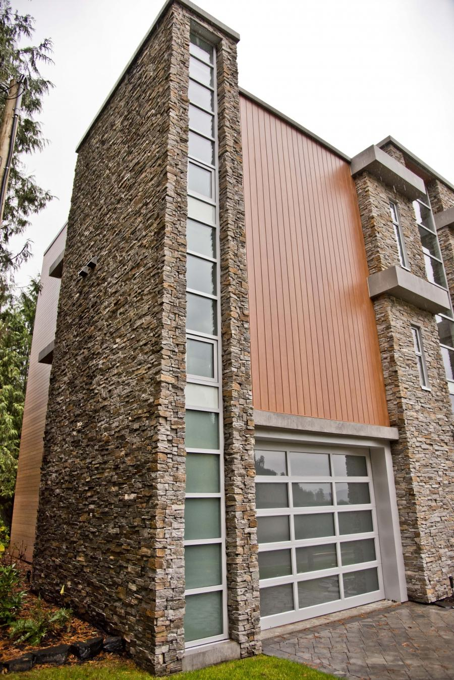 Vertical metal siding photos for Best vertical siding