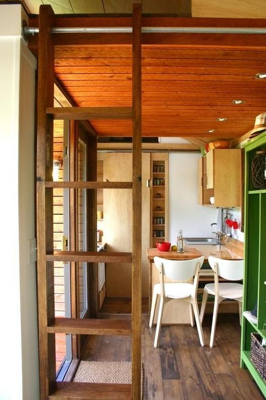 Interior photos of tiny houses for Tiny house photo gallery