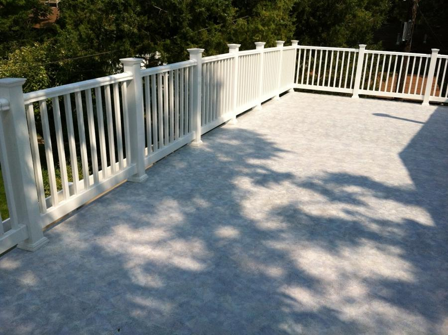 Garage roof deck photos for Flat roof garage with deck plans
