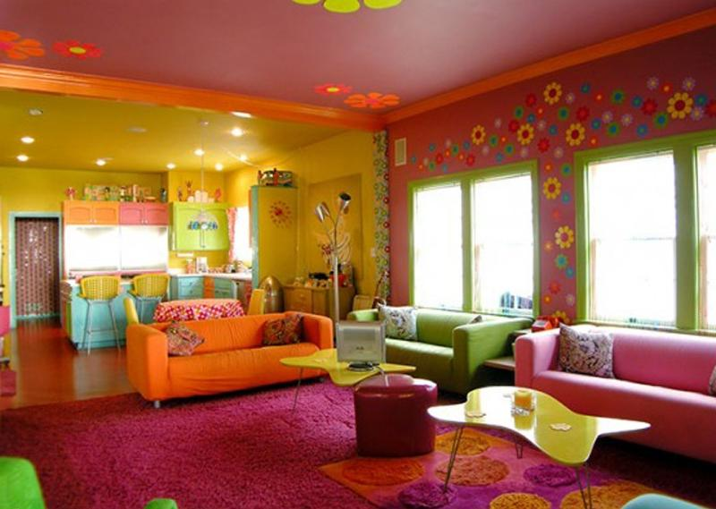 Flower pattern on the wall makes the room more fun Creative Home...