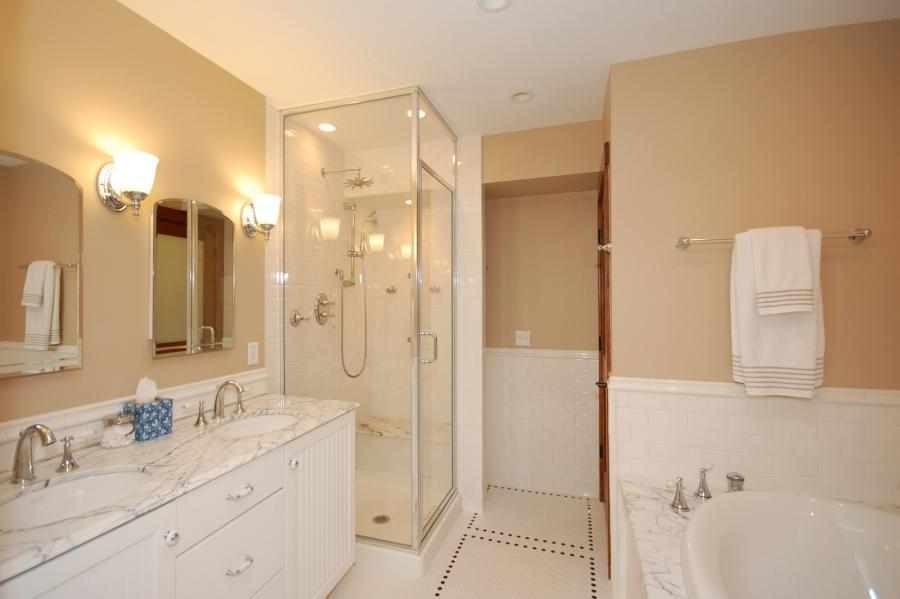 Luxurious Bathroom Design Designs listed in: