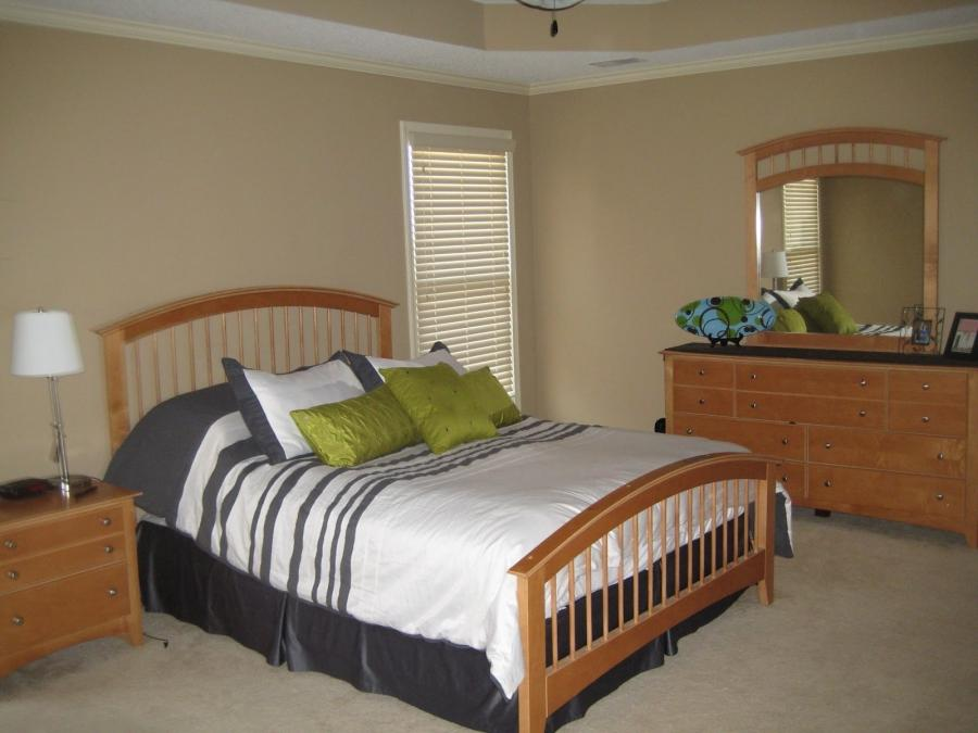 photos of bedroom furniture arrangements
