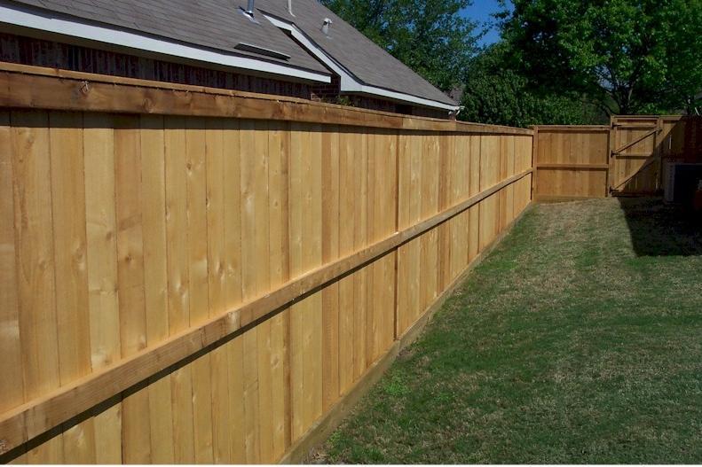 Wooden Fences Photos