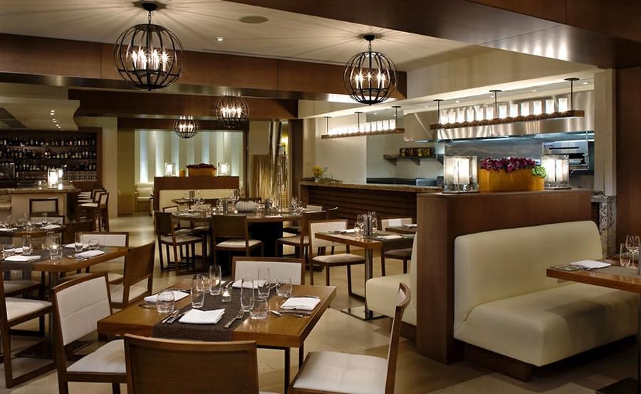 Restaurant interior photography tips