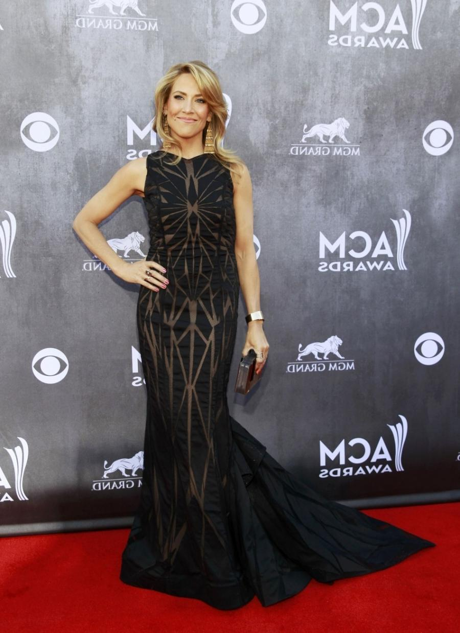 Sheryl Crow arrives at the 49th Annual Academy of Country Music...