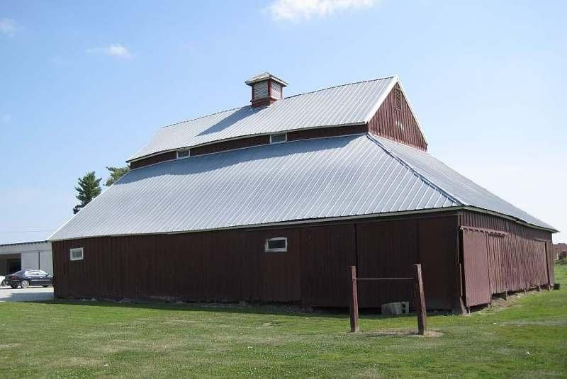 Hip Roof Barn Photos