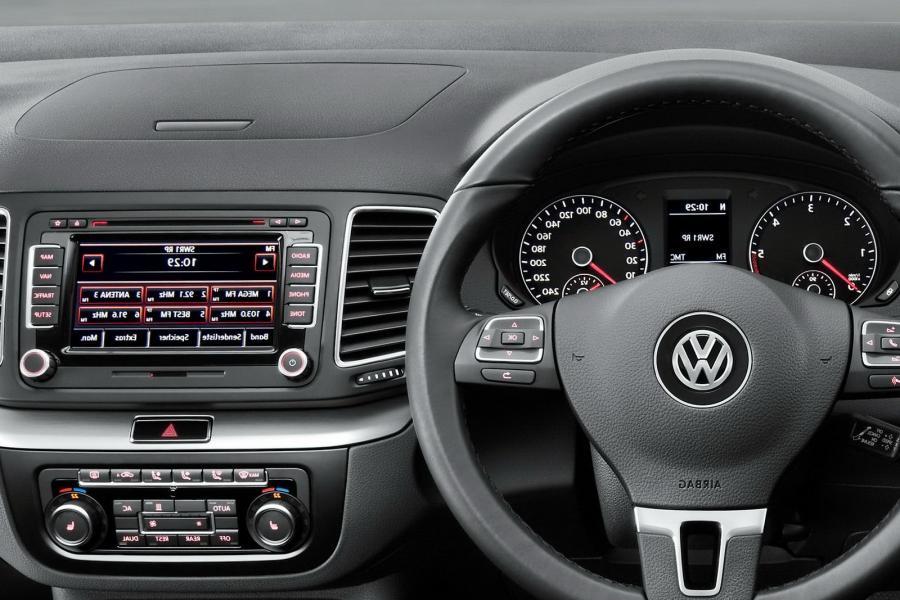 Volkswagen Sharan Interior Photos