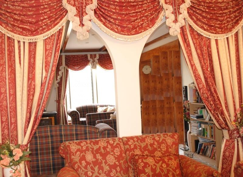 Click here for more Curtain Designs