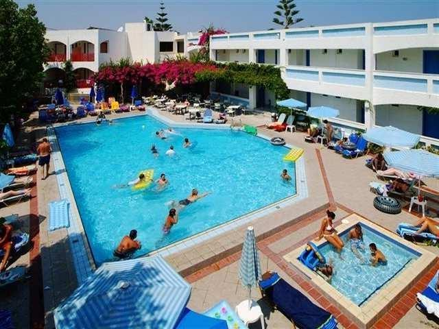 Crete. Apollon Apartments Rethymno Hotel