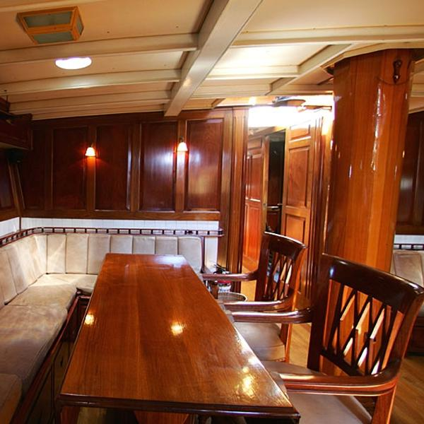Photos Wooden Boat Interiors