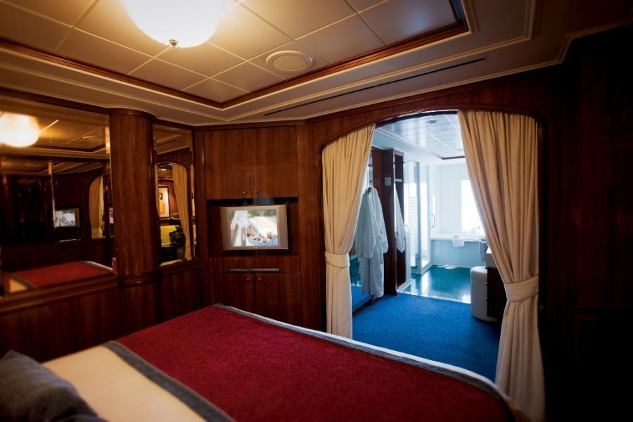 norwegian pearl balcony room photos