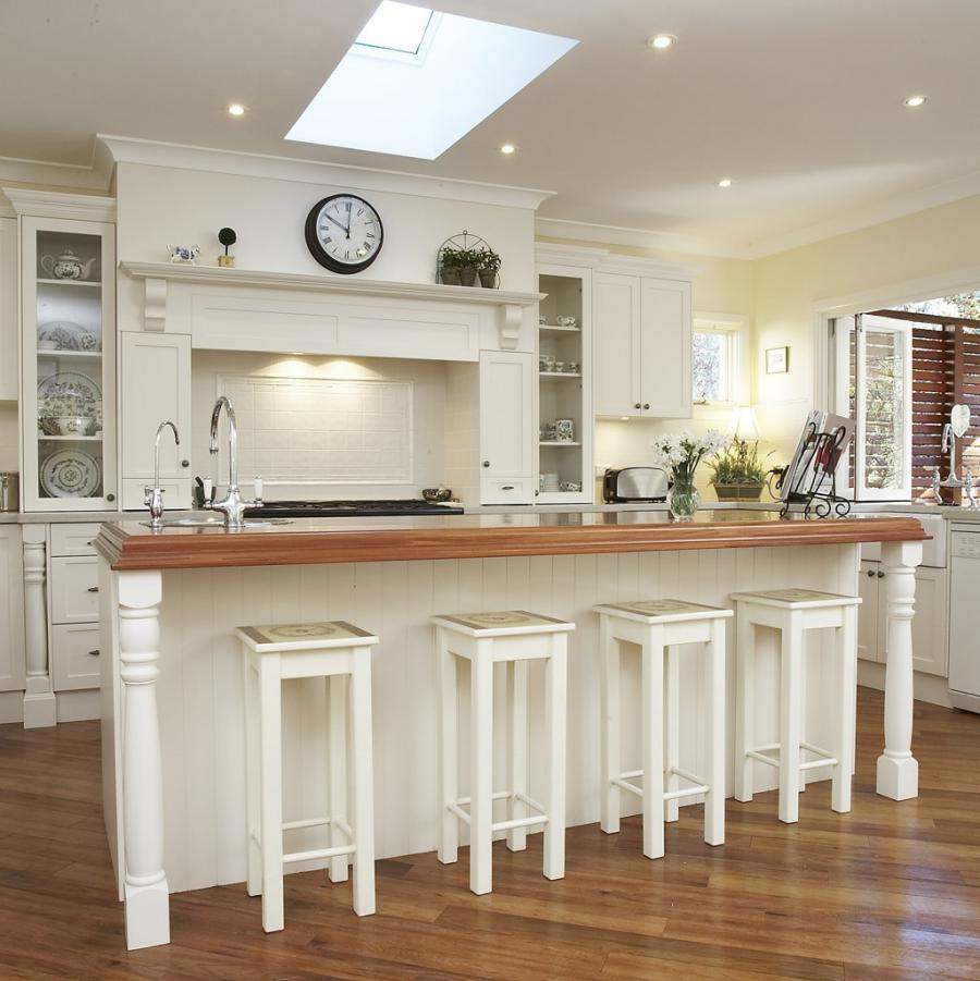 Charming White Country Kitchen Design Inspiration With Fine...