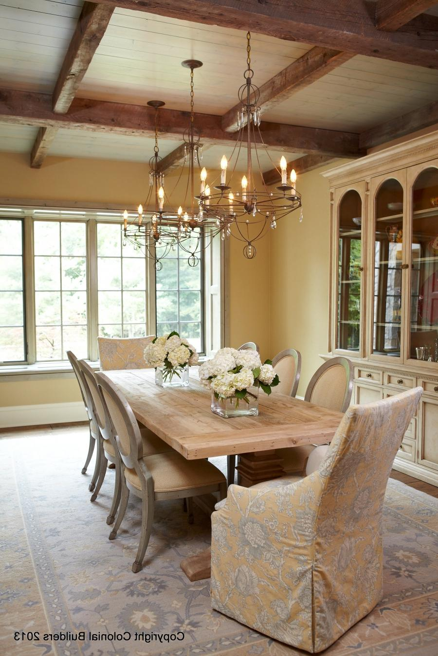 Interior photos of colonial homes for Inside colonial homes