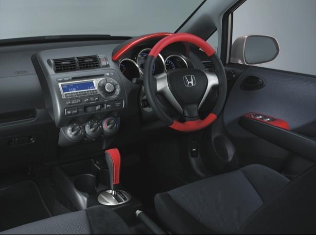 2007 Honda Fit Interior Photos