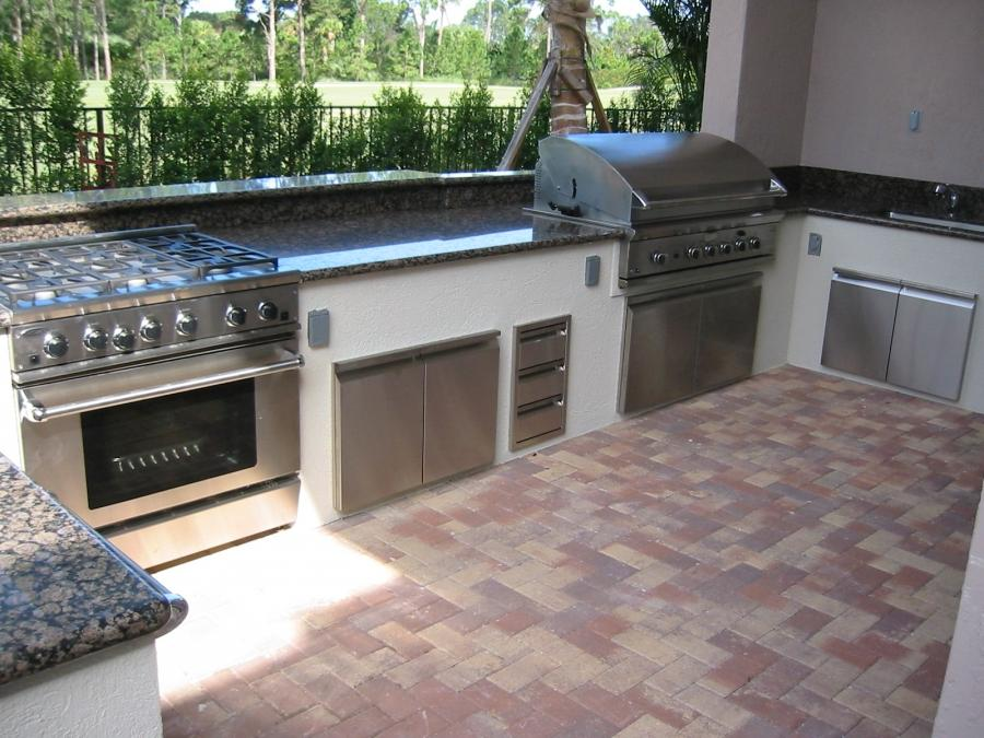 Outdoor kitchen photos australia for Outdoor kitchen designs australia