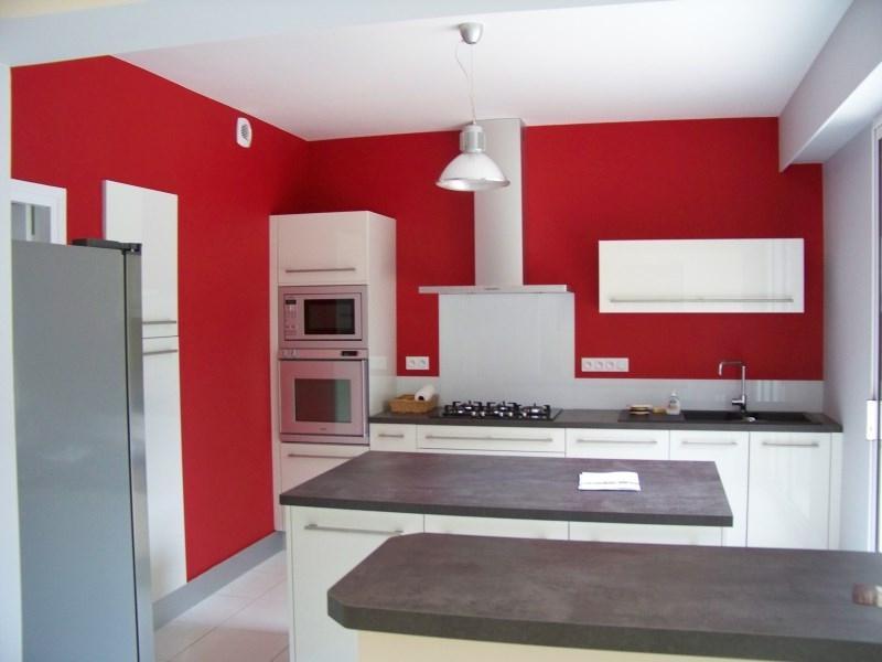 Deco peinture porte interieure maison design for Avis formation interieur deco