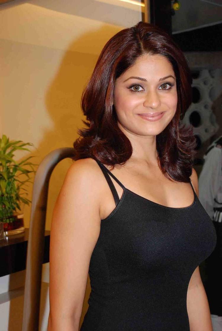 Wardrobe Malfunction Photo Of Shamita Shetty
