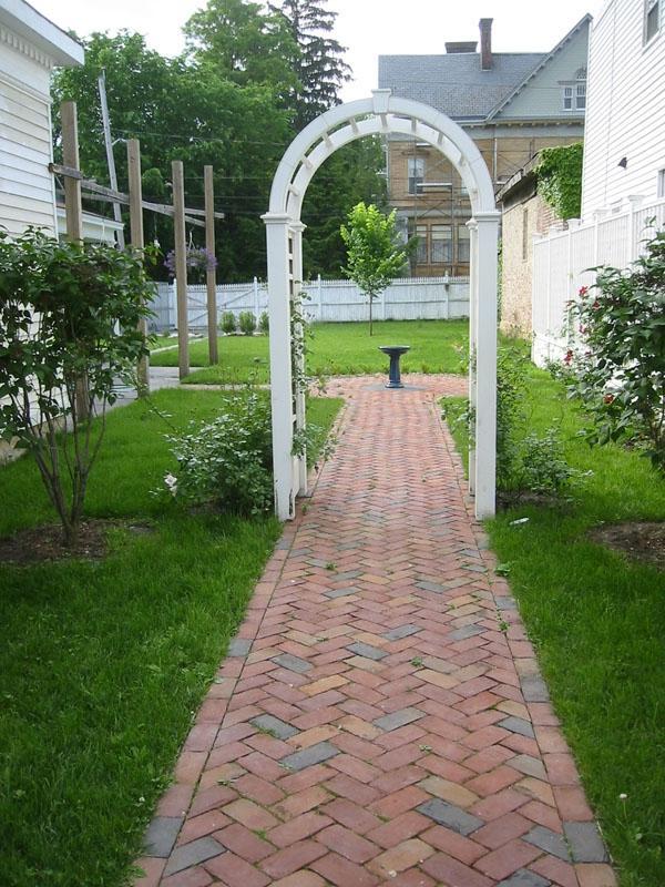 Brick Walkway Design Photos