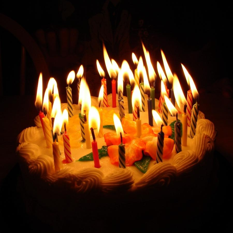 4 Candles On Cake Photo