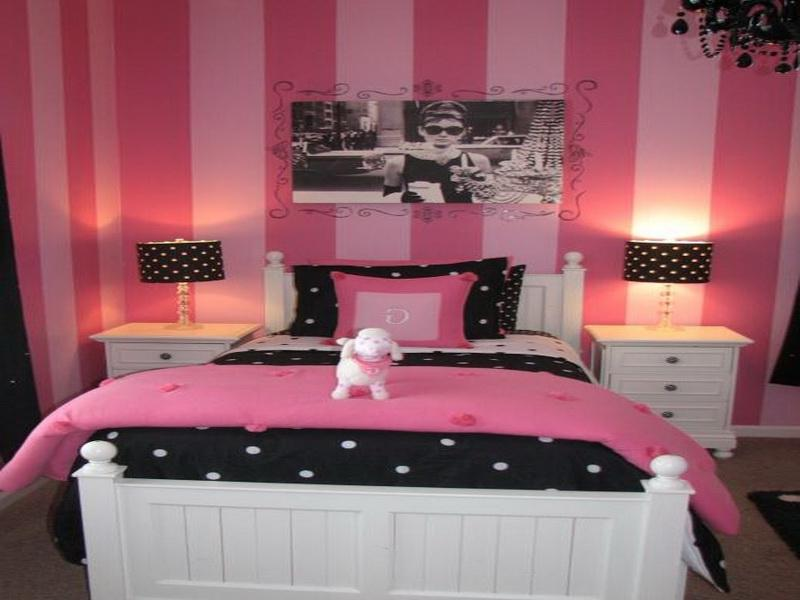 Pink black bedroom photos for Womens small bedroom ideas