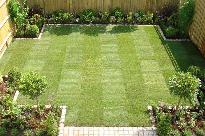 Simple gardens photos for Garden maintenance london