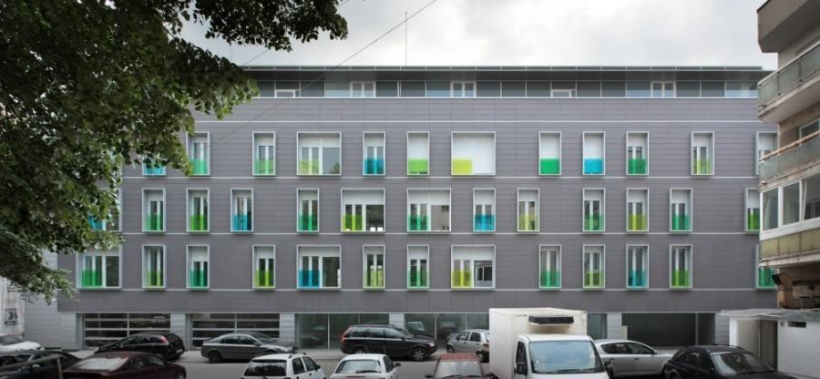 u0026lt; Back to Apartment Building on G.Calinescu Street /...