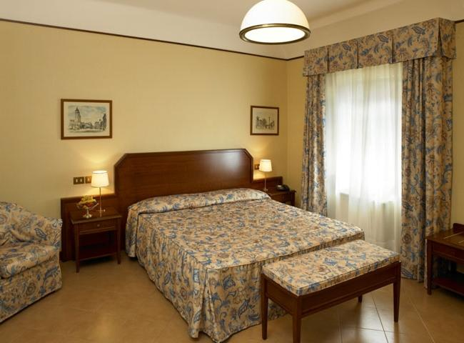 Albergo Reggio, annexe of the Hotel Posta, offers its guests 16...