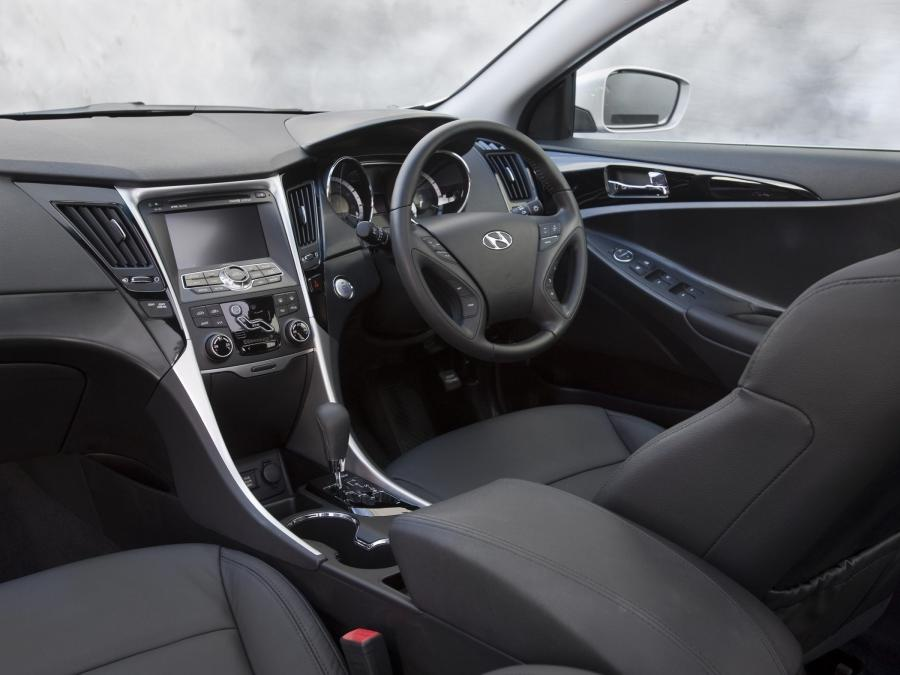 2011 Hyundai Sonata Interior Photos