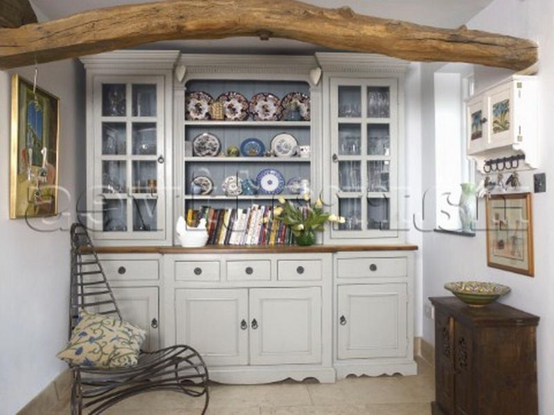 Photos decorated china cabinet for Cabinets for less