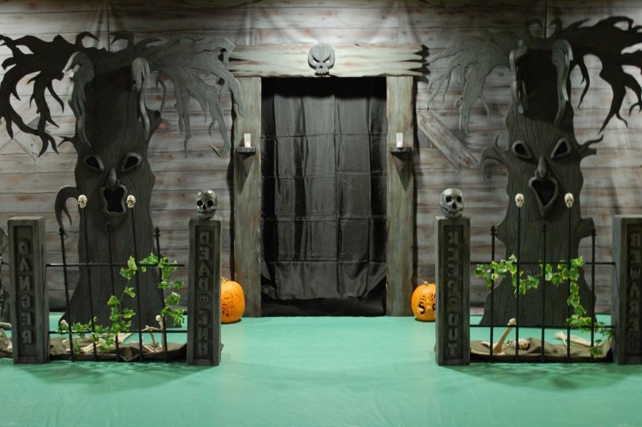 Haunted house scene photos for Haunted house scene ideas