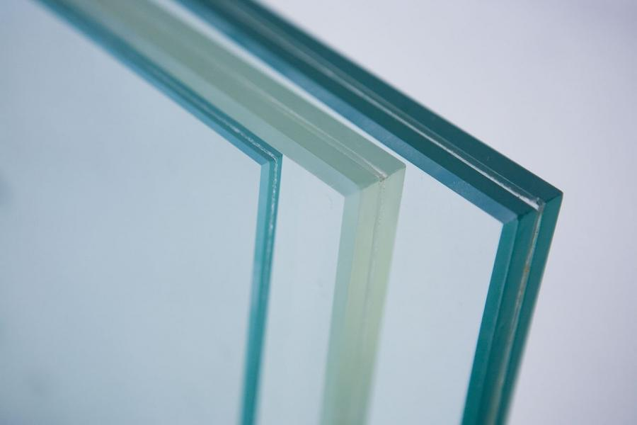 Photos laminated glass