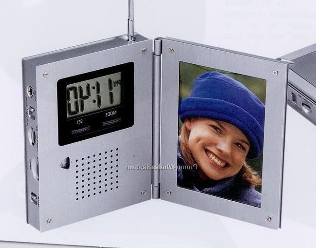 digital photo frame with fm radio and alarm clock. Black Bedroom Furniture Sets. Home Design Ideas
