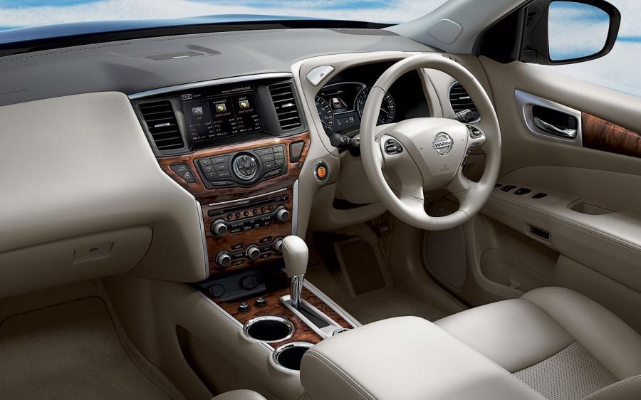 Nissan Pathfinder 2013 Interior Photos