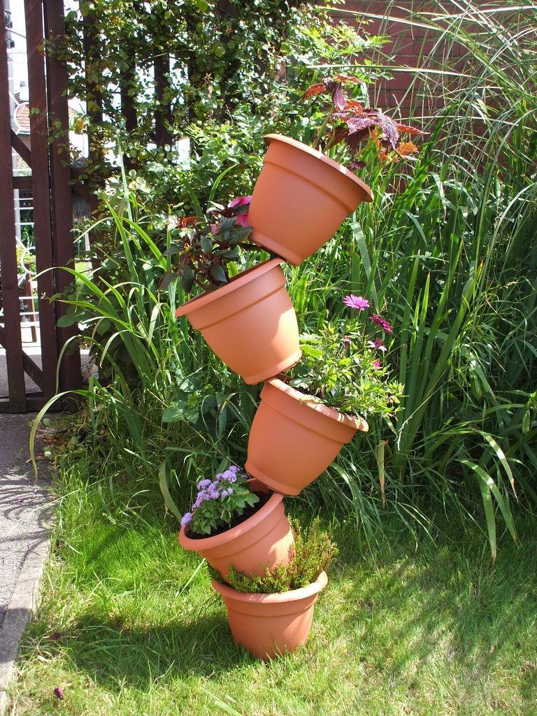 Outdoor Flower Garden Decoration Ideas