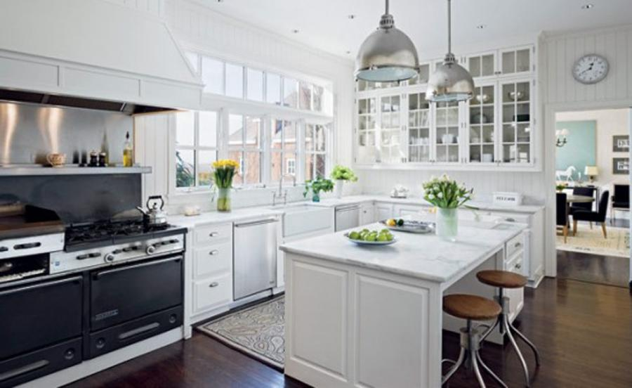 White Green Kitchen Furnishing Ideas