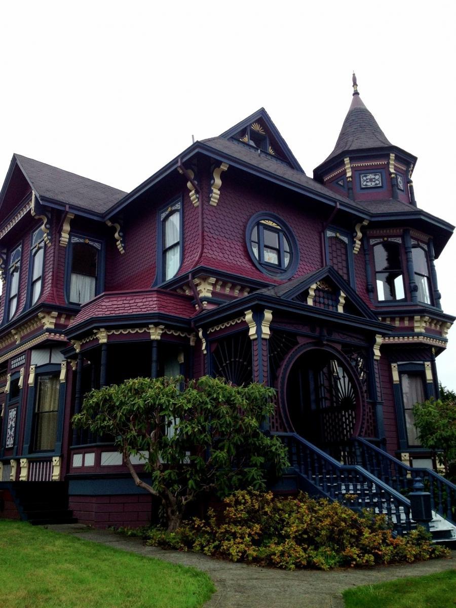 Victorian House Photos