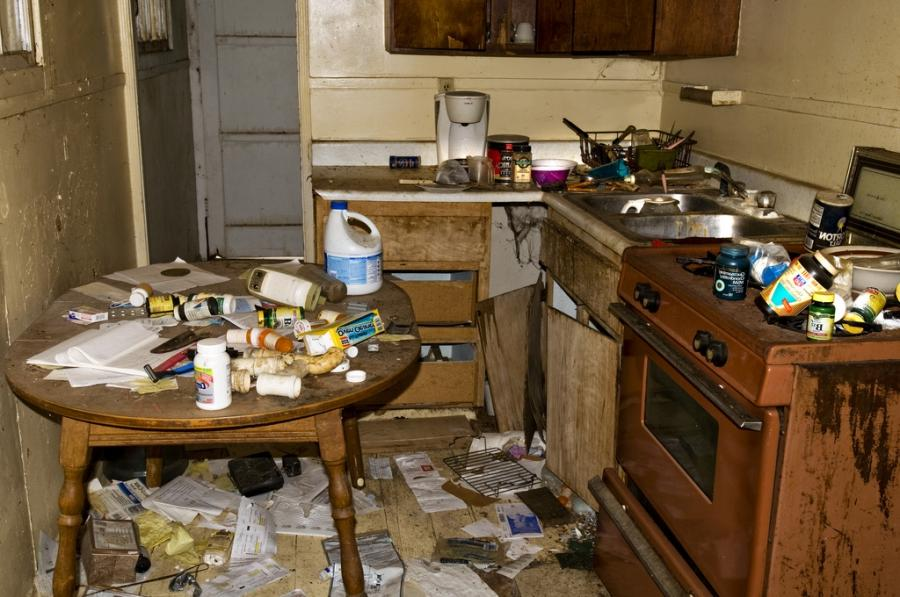 Photos of dirty kitchens for Kitchen cleaning tricks