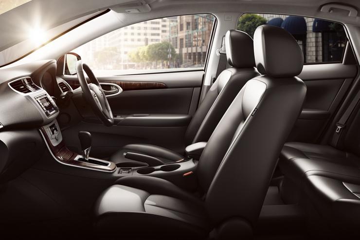 Nissan Sentra Interior Photos