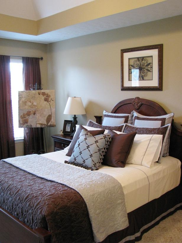 Hgtv Exclusivechicbedrooms Blue Brown Bedroom Sx Lg Daily Source