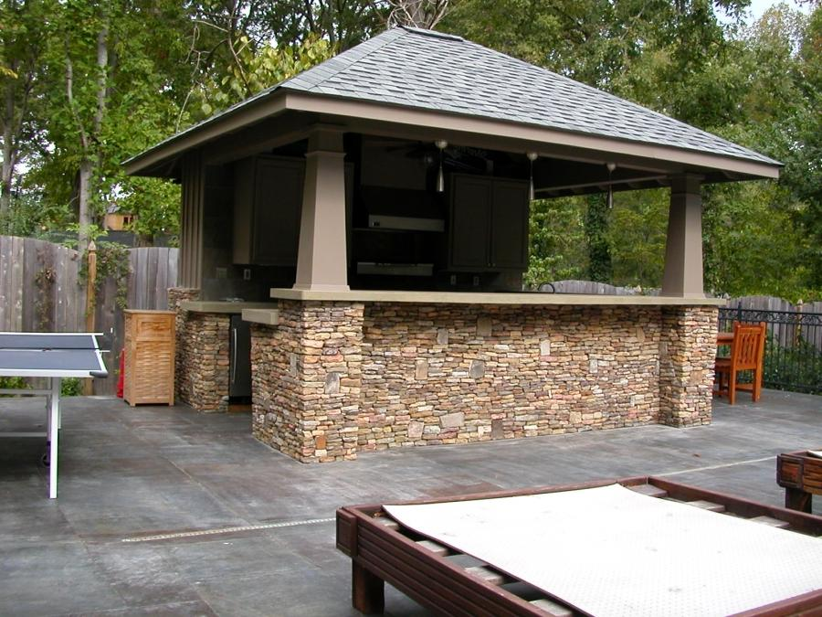 outdoor kitchen roof photos
