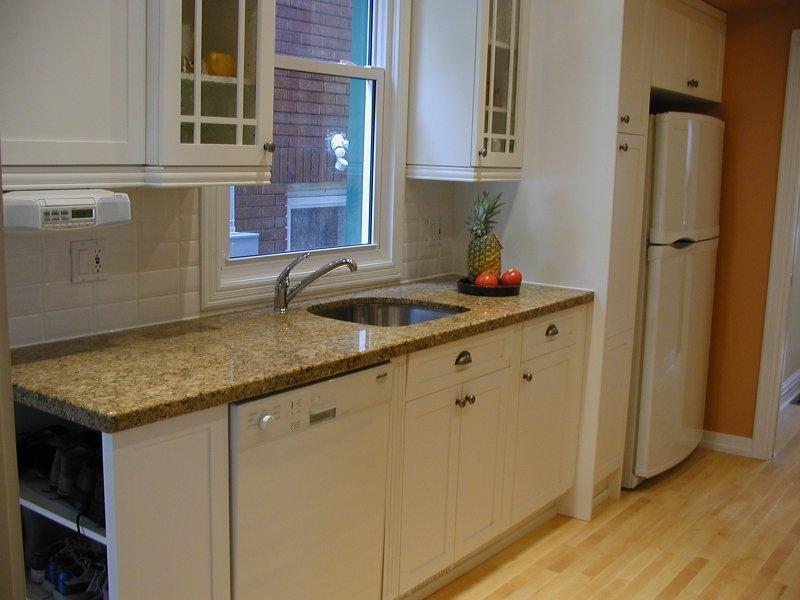Small Galley Kitchen Design Tips On Glazing Kitchen Cabinets...