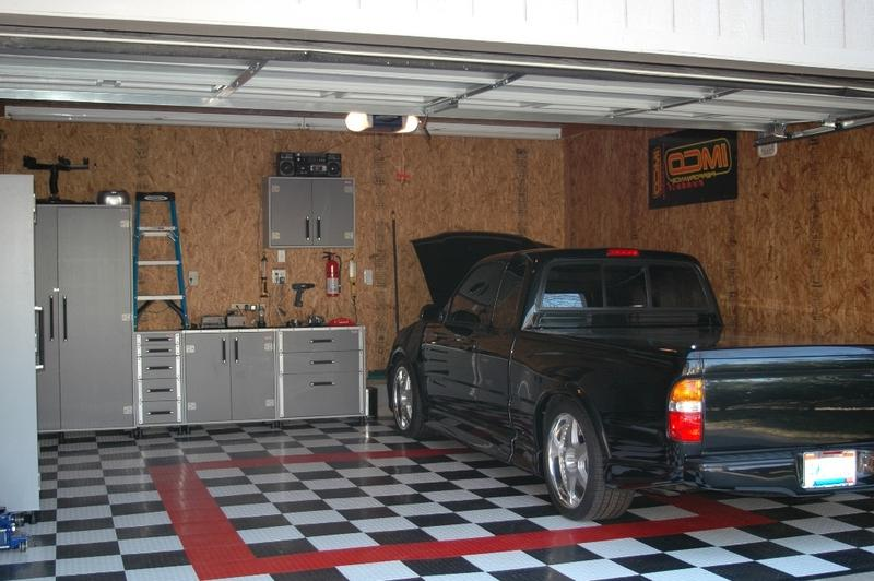 Garage interior designs photos for Garage interior design ideas
