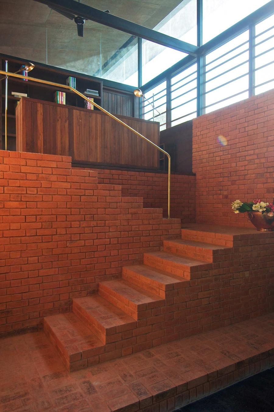walls and fences as a design element: brick fence designs