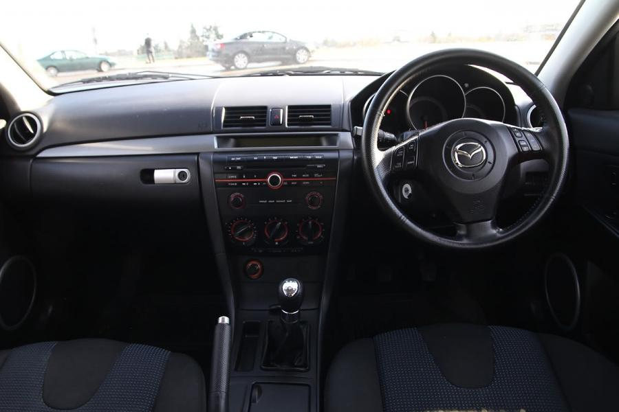 2005 Mazda 3 Hatchback Interior Photos