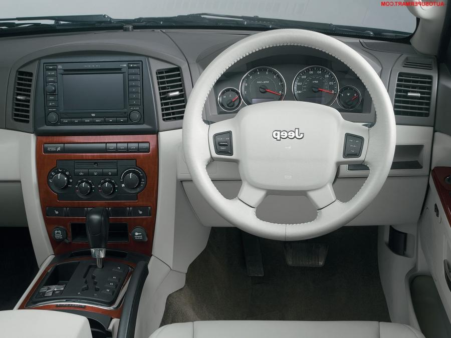 2004 Jeep Grand Cherokee Interior Photos