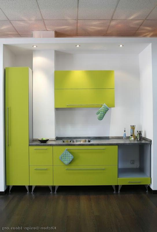 05, Modern Green Kitchen